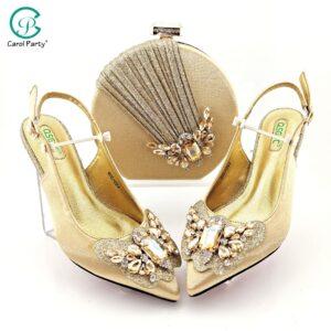 Scarpe e borsa da donna nigeriane Color oro di vendita calda di Design italiano con decorazione in cristallo colorato stile farfalla-kond